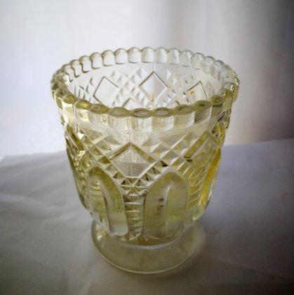 Svečturis, stikla, bēšs 6cm