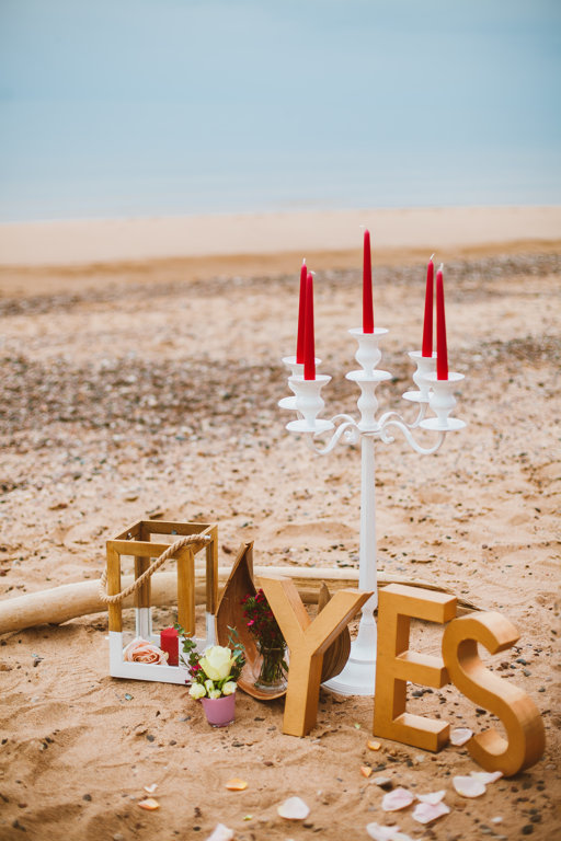 Balts, metāla 5-žuburu svečturis (liels) 75cm